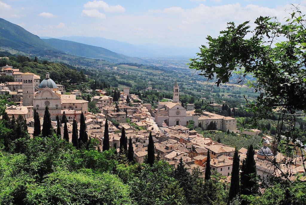 Panoramica S. Rufino e S. Chiara dalla Rocca
