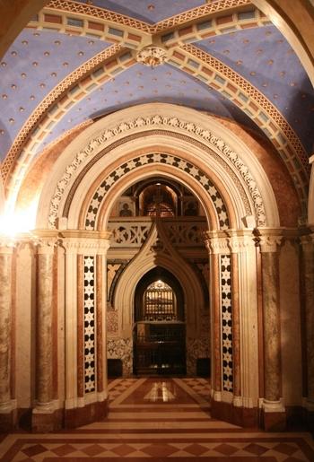 Tomba di santa chiara